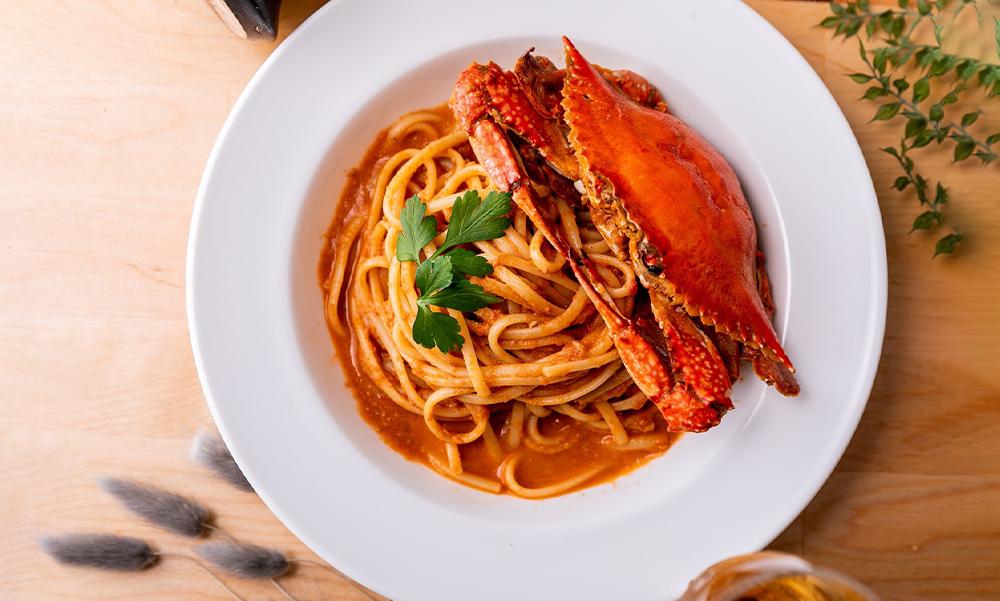 濃厚!渡り蟹と蟹味噌のトマトクリームパスタ